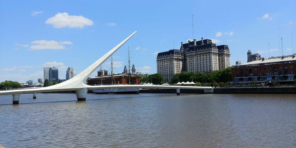 Puente de la Mujer (Woman's Bridge)