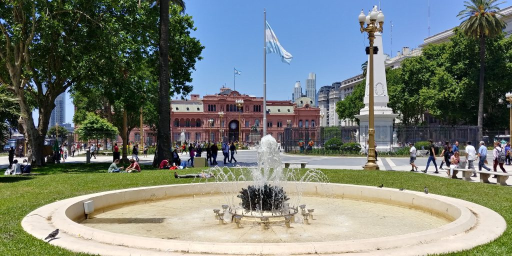 Plaza de Mayo, with Casa Rosada
